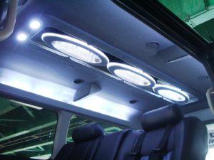 内装カスタム/シート、内張り、天井張り替え、インテリア装飾・LED天井